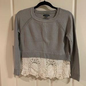 American Eagle grey & lace crop